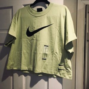 Nike crop top shirt